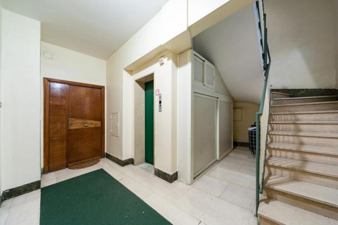 Appartamento a Roma in palazzo con ascensore