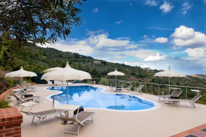 Splendida piscina dove rinfrescarsi, Lauretana cilento