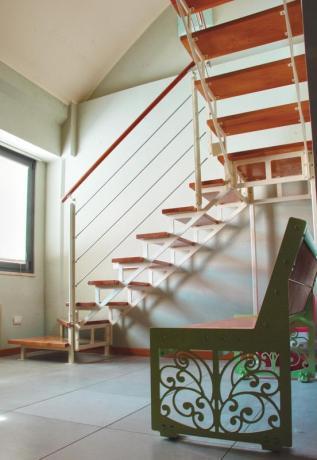 s85 scale prefabbbricate con gradini im legno