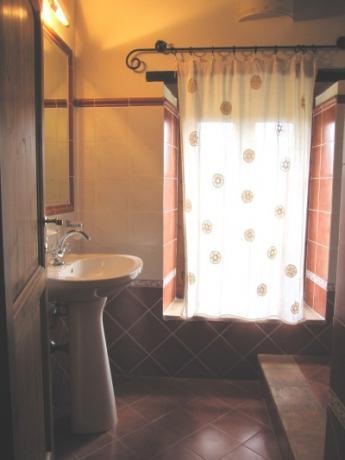 Appartamento 5 secondo bagno
