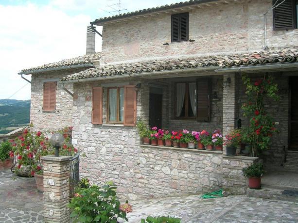 Camere e Appartamenti in pietra