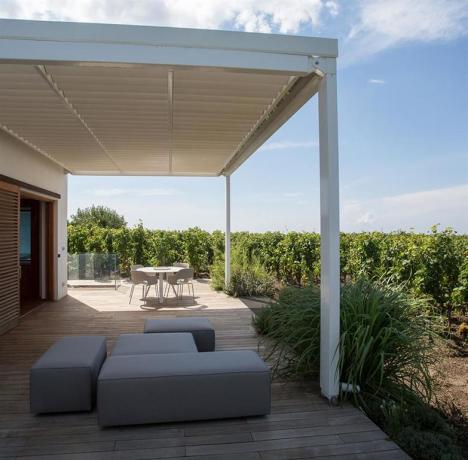 Appartamento vacanza moderno con arredamento esterno Lipari