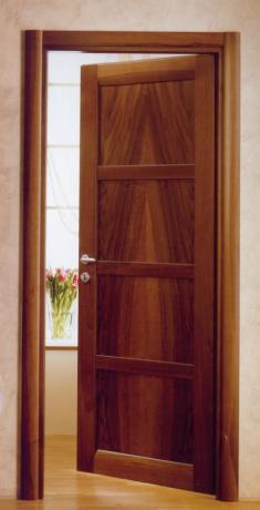 Porte legno massello in Umbria, produzione e vendita.