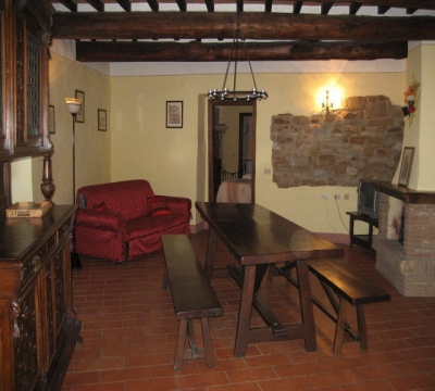 appartamenti vacanza castello ampio salone camino