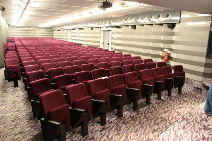 Sala eventi lavorativi a Rende-hotel4stelle-Calabria