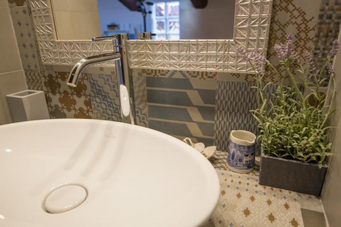 appartamento con cucina, bagno privato a Fano