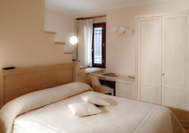 Camere Deluxe Isotta Vista Valle hotel4stelle Verucchio