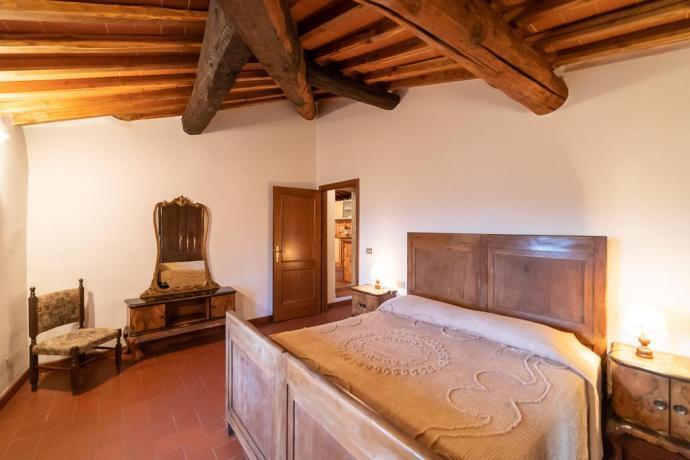 Camera Matrimoniale con Aria Condizionata vicino Firenze
