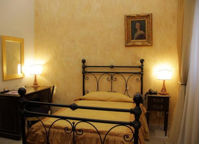 camera matrimoniale in hotel con centro benessere