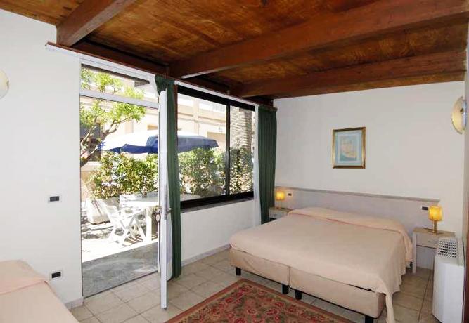 Camere con Giardino in Liguria
