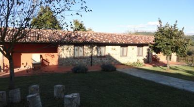 Casale nei pressi di Perugia con camere