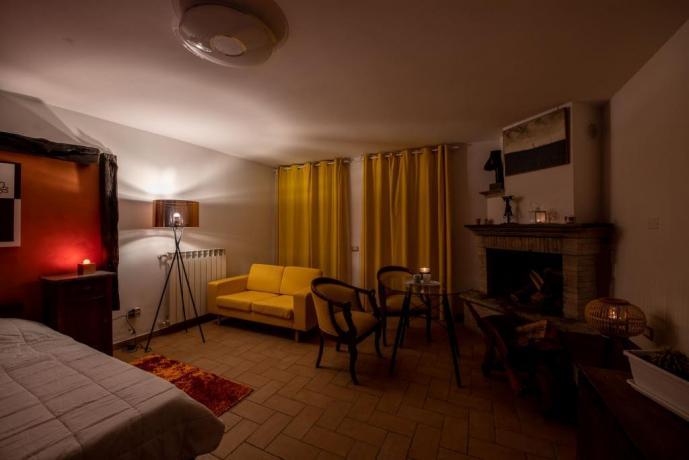Site seduction con Vasca Idromassaggio e Camino