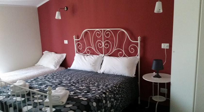 Camera tripla standard Casertano hotel in Campania