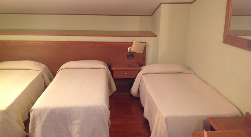 Camere Familiari in Hotel 3 Stelle a Tivoli