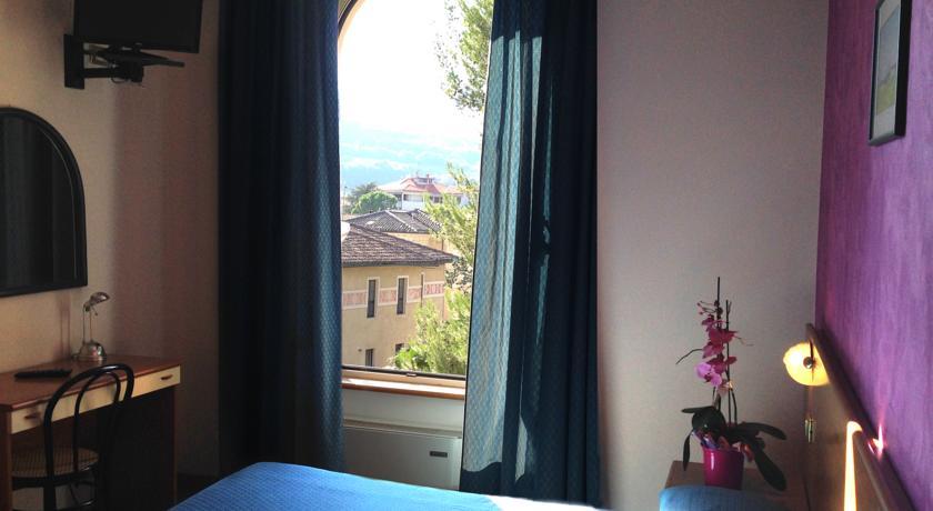 Camere romantiche con vista sulla città