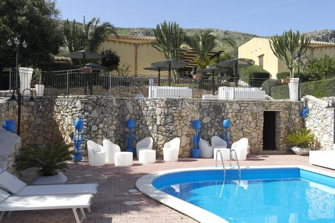 Piscina resort Castellammare del Golfo