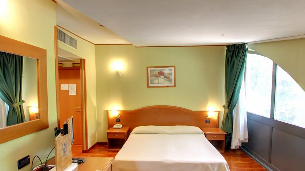 Hotel a Tivoli Camere e Prima Colazione