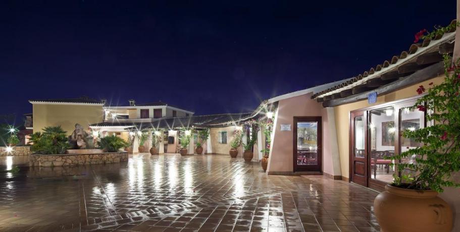Sala Ristorante Hotel Resort nel Golfo di Orosei