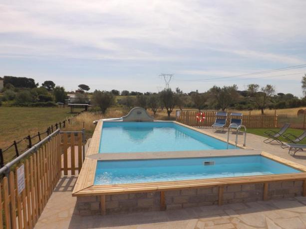Appartamenti Vacanza con jacuzi privata e piscina