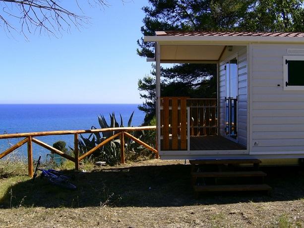 Casa Mobile con vista sul mare