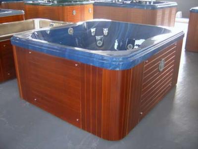 Mini piscina idromassaggio per hotel o agriturismo