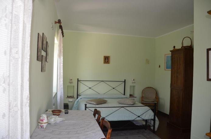 Camera da letto con cambio biancheria