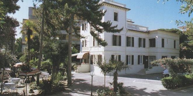 Esterno Hotel La Villa