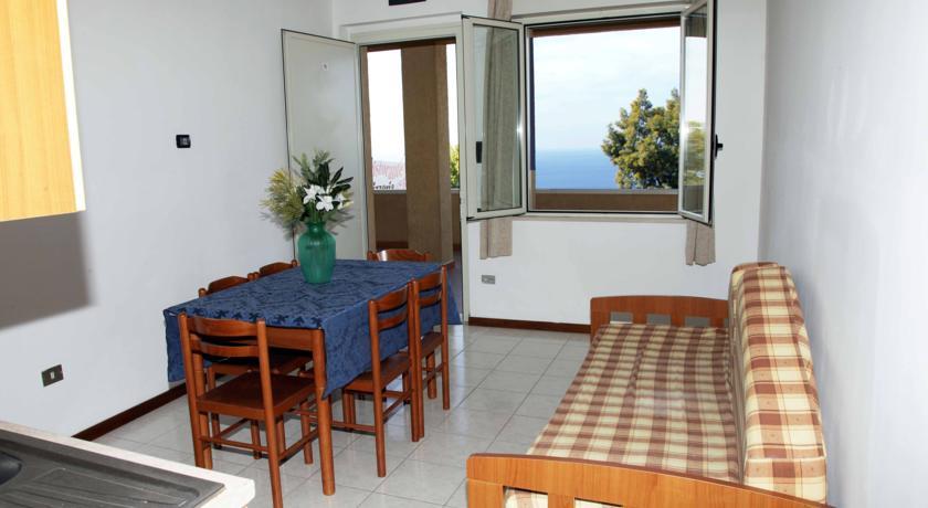 Hotel Residence 4 stelle sul Mar Tirreno