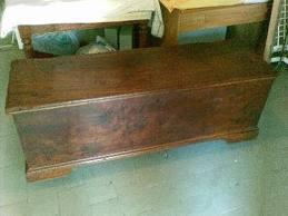 Cassapanca in stile antiquariato in umbria vendita ed for Vendita mobili perugia