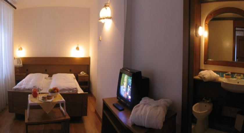 Hotel con Piscina coperta Trentino a Folgaria