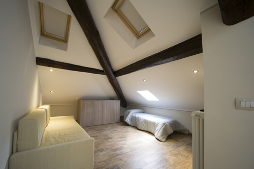 Mansarda open space appartamento-vacanze centro Bardonecchia