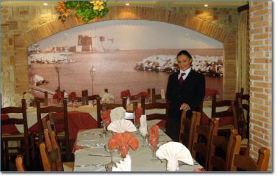 Amusementpark with Restaurants and Pizzeria in Naples