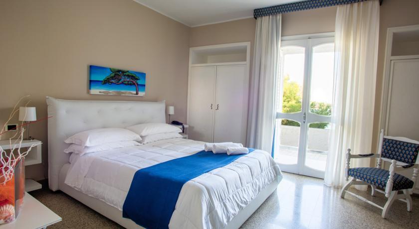 Hotel nel Salento con camere vista mare