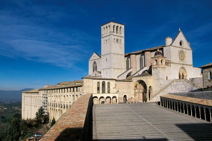 Albergo Assisi vicino alla Basilica di S.Francesco