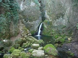 Visit the Suffe Caves in San Demetrio, Abruzzi
