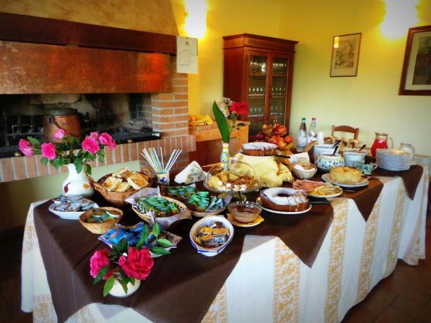 Colazione con prodotti tipici e genuini in Umbria