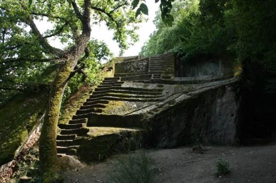 piramide di Bomarzo