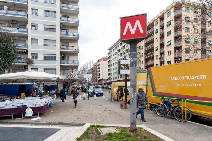 Appartamento a Roma vicino fermata Metro Cipro