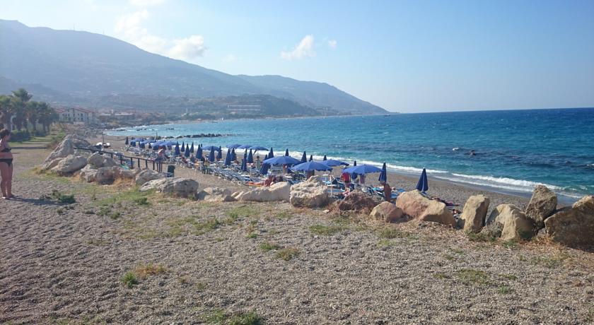 Spiaggia Marina di Patti Sicilia Hotel***