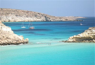 hotel with seaview in lampedusa