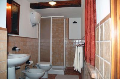 Bagno Appartamento Cantina