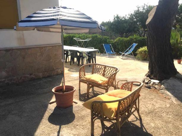 Giardino recintato villa per gruppi sul gargano