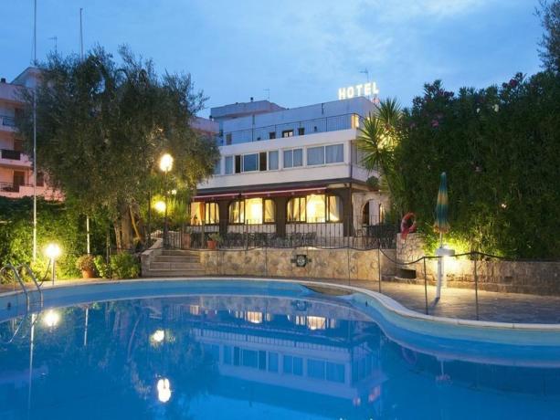 Hotel 3 stelle con Piscina nel Gargano