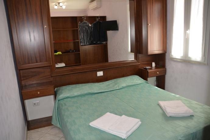 Camera Matrimoniale confortevole prezzi bassi