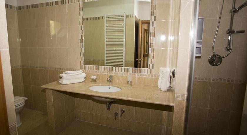 Servizi privato degli appartamenti a Nicotera