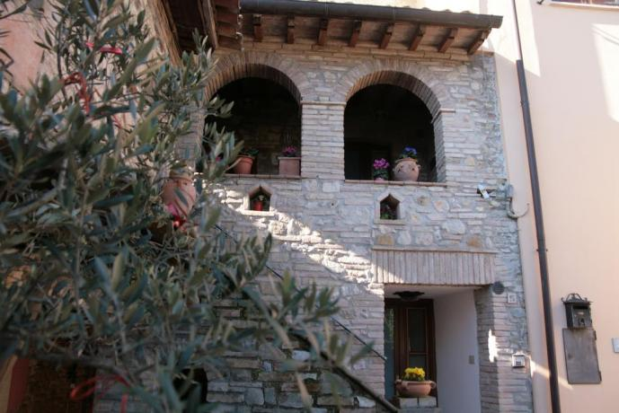 Assisi ai piedi del Monte Subasio con Giardino e Wi-Fi - B&B da Enrico