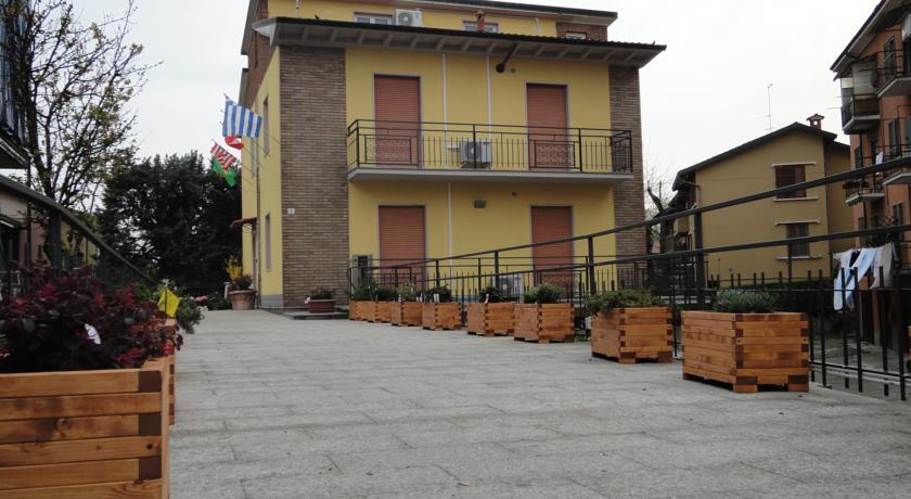Camere economiche ingresso indipendente a Pavia