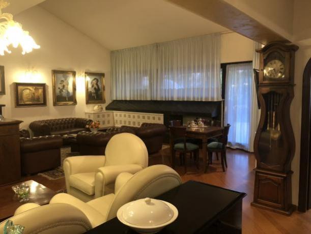 Villa vacanze 5 stelle in Umbria con piscina