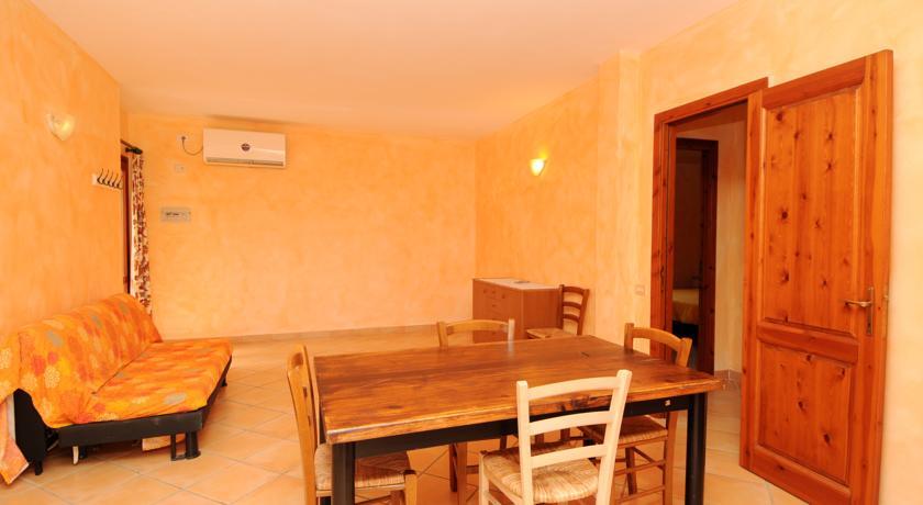 soggiorno residence con appartamenti Vignola Mare