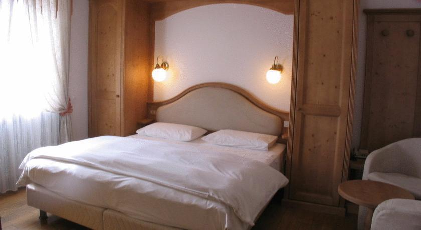 Camera comfort Hotel 3 stelle Trentino Folgaria